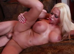 Bawdy ash-blonde Cougar rail a hefty..