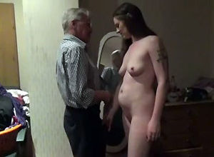 Sex-positive wifey pulverizing with an..
