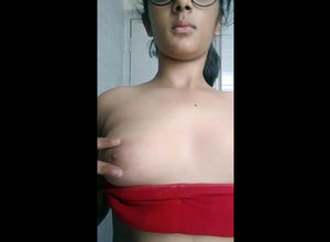 Indian maiden flash udders in skype